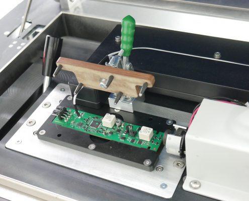 Système de contrôle de carte électronique